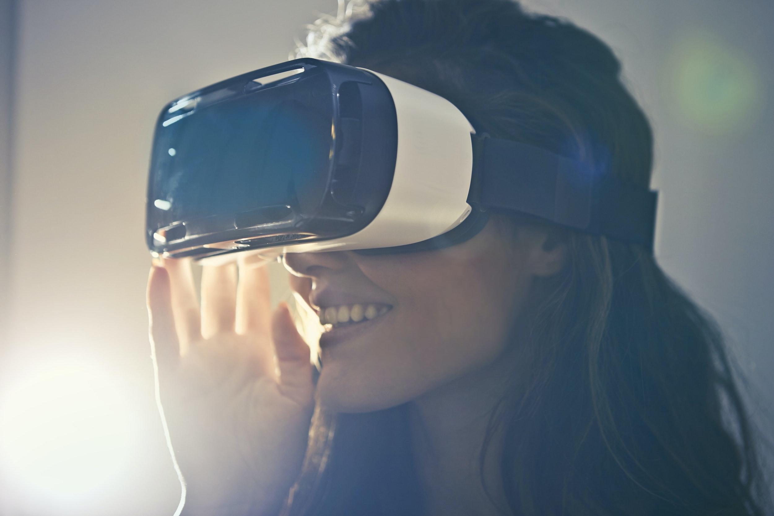 Jakie gogle VR kupić