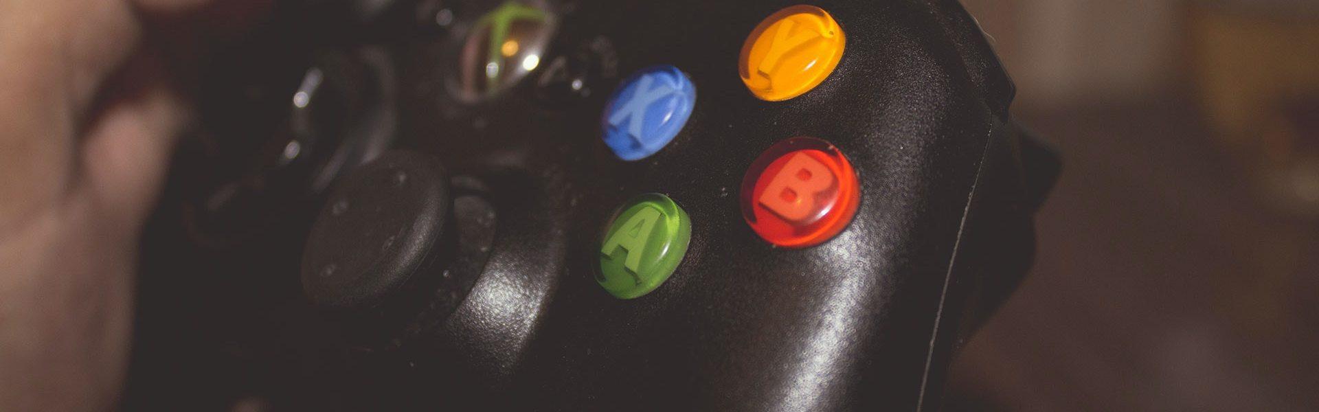 Kiosk z grami - sprawdź, gdzie kupić gry na PS i Xbox